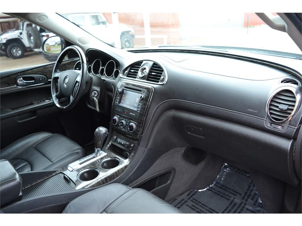 2013 Buick Enclave Leather /
