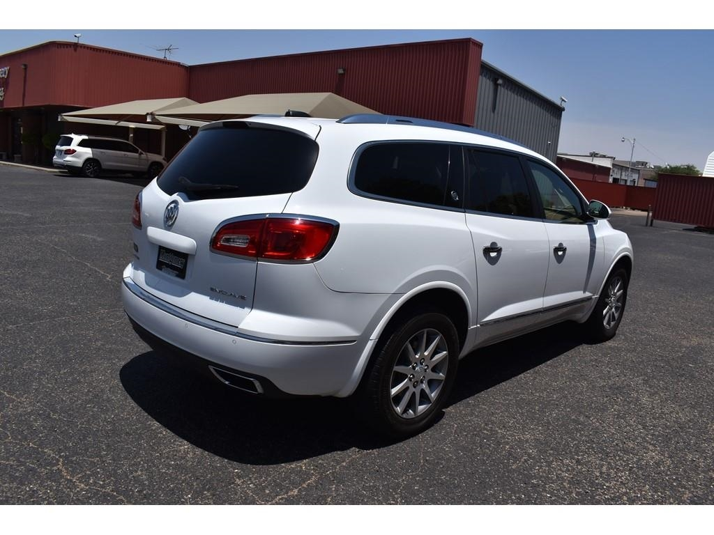 2017 Buick Enclave Leather /