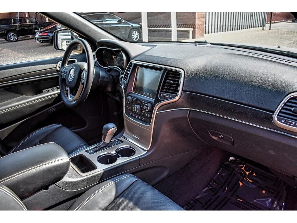 2017 Jeep Grand Cherokee Limited /