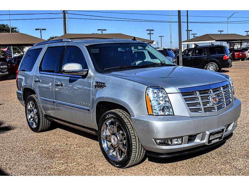 2012 Cadillac Escalade Luxury /