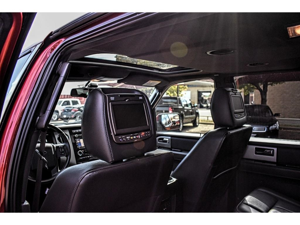 2014 Ford Expedition Limited /