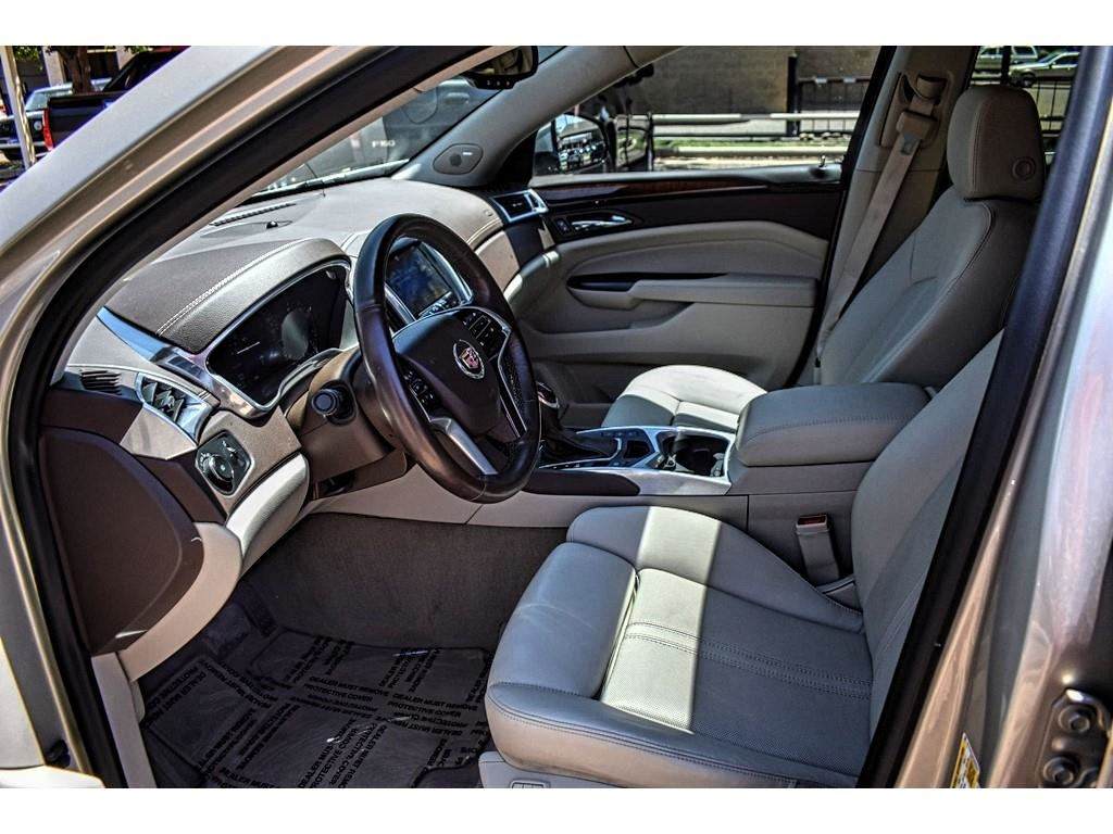 2013 Cadillac SRX Performance Collection /