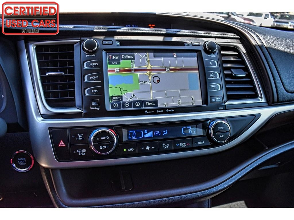 2016 Toyota Highlander Limited / Certified Used Cars of Lubbock / Lubbock / TX / 79423