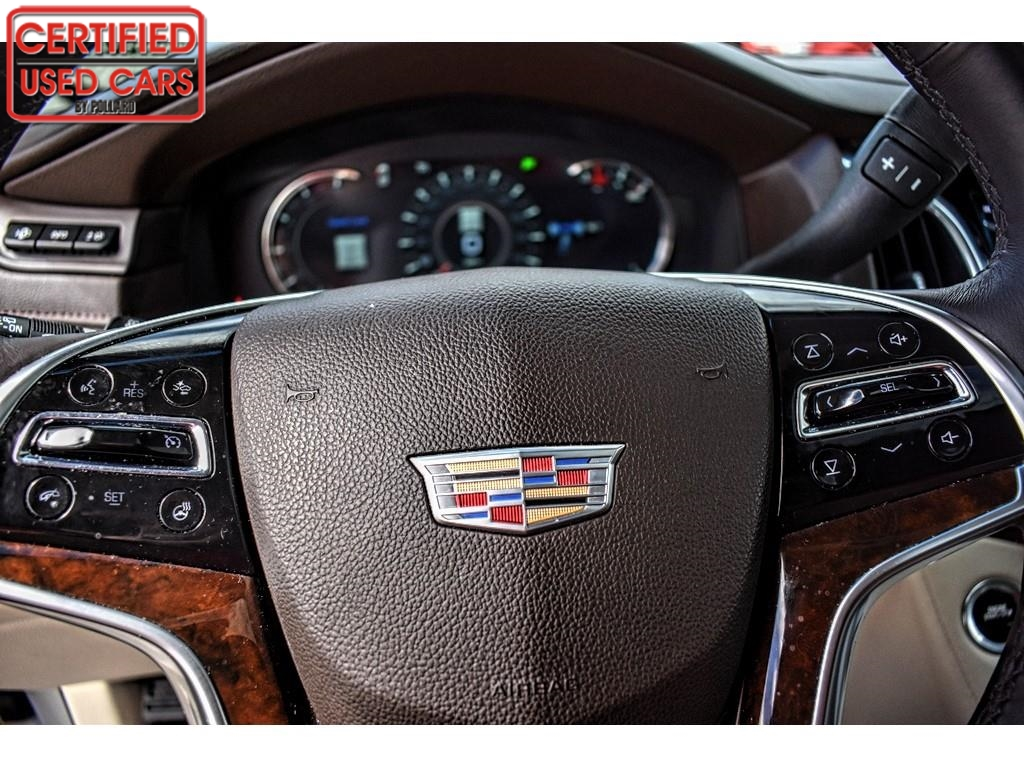 2017 Cadillac Escalade Luxury / Certified Used Cars of Lubbock / Lubbock / TX / 79423