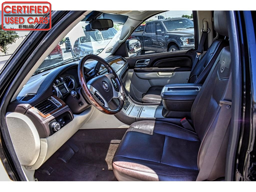 2011 Cadillac Escalade Platinum Edition / Certified Used Cars of Lubbock / Lubbock / TX / 79423